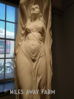 Marble statue, Smithsonian